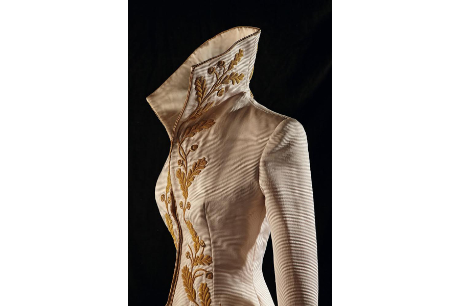 Caption: Broderies Vermont private collection. Silk ottoman fitted coat with oak leaves embroidered in gold cannetille. Alexander McQueen for Givenchy, spring-summer 1997. Photo credit: Alexis Lecompte