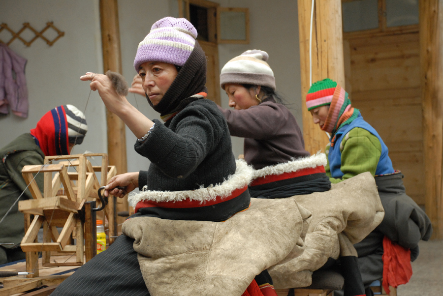 Norlha works with people of different areas of Amdo, Tibet to handcraft ultra-luxurious cashmere from the wool of two-year old yak