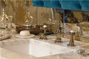 Meet Robert Lay