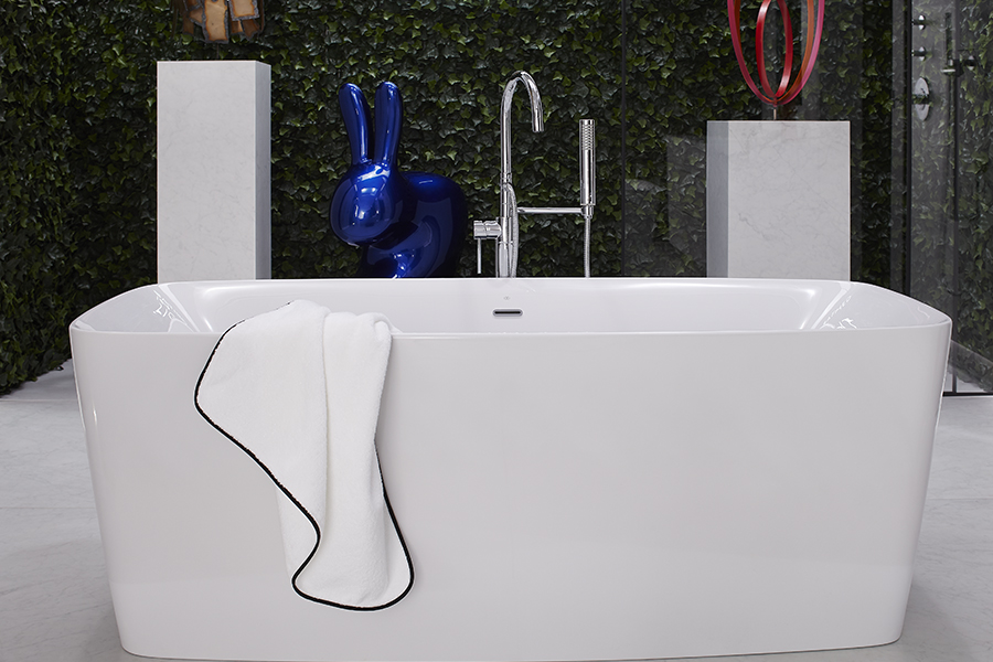 DXV Equility Slim Freestanding Soaking Tub