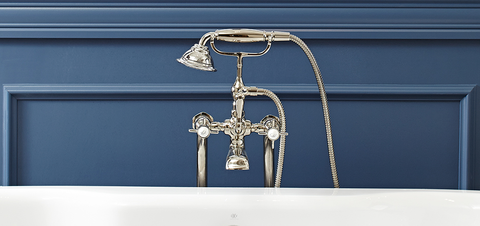DXV Traditional Floor Mount Tub Faucet
