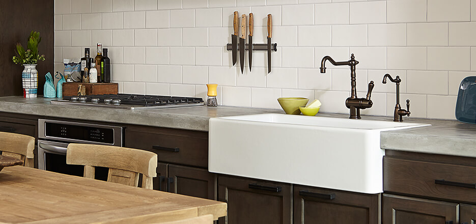 7 Faucet Finishes For Fabulous Bathrooms: DXV Luxury Faucets, Pot Fillers, Cold Taps, Pot Fillers