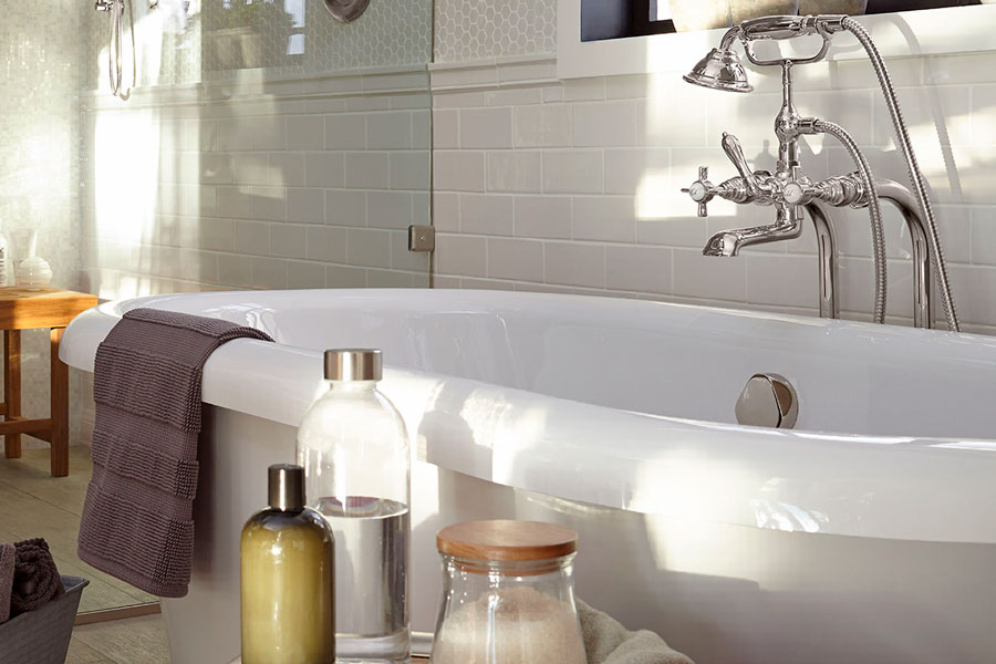 Farmhouse Style Bathtub