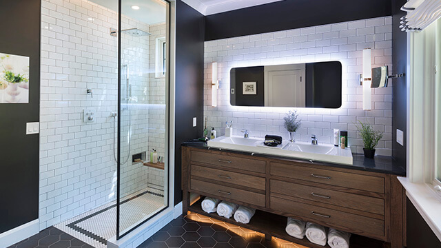 Bathroom featuring GROHE and DXV